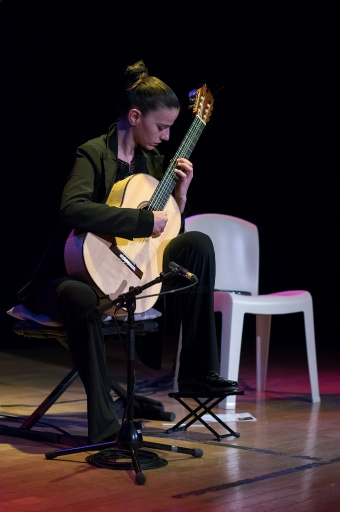 Carmen Martinez - musicales-de-soyons-guitare-6407-compresse-doc.jpg