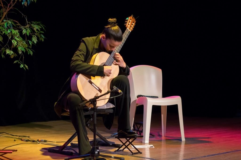 Carmen Martinez - musicales-de-soyons-guitare-6412-compresse-doc.jpg