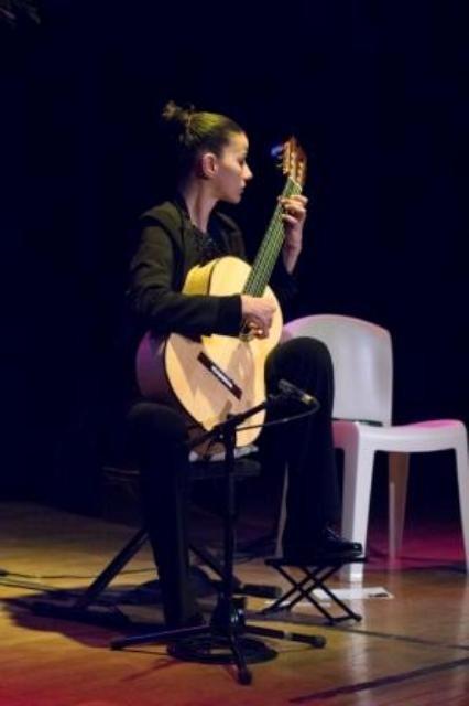 carmen martinez - musicales-de-soyons-guitare-6415-compresse-doc.jpg